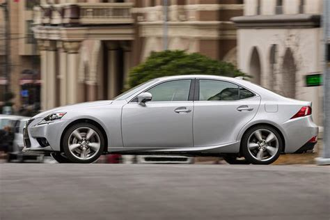 2015 acura tlx vs 2015 lexus is which is better