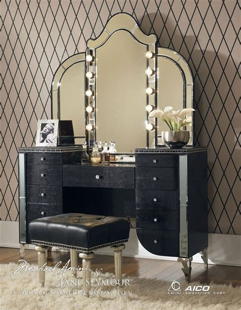 makeup vanity set with lighted mirror 1000 ideas about vanity set with lights on