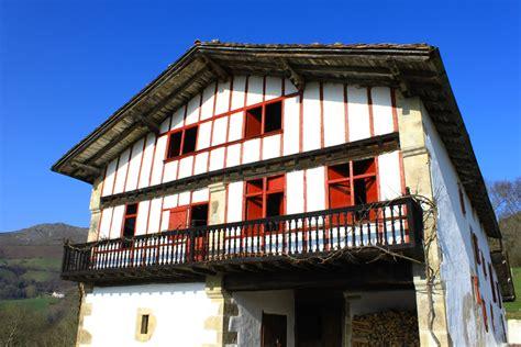 la maison basque cambo cambo les bains maison uac with la maison basque cambo awesome une