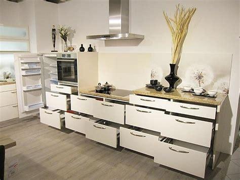Häckermusterküche Moderne Küchenzeile Mit Granit