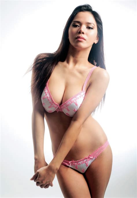 Sexy Photos Of Ariane Esperas Hot Pinay