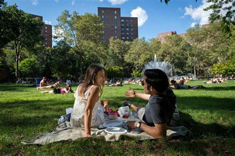 Stuyvesant Town An Oasis Near The East River The New