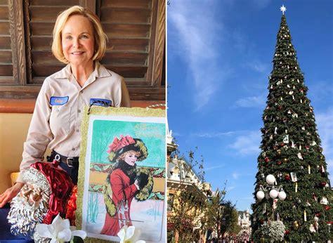 disneyland decorate  christmas popsugar