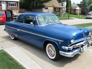 1954 Ford 2