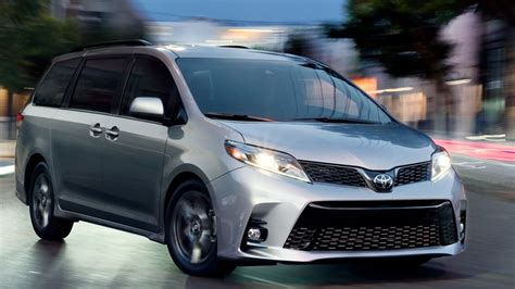 2018 Toyota Sienna In Raleigh, Nc  Leith Toyota