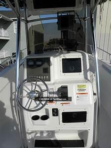 2004 Seaswirl 2301 Striper