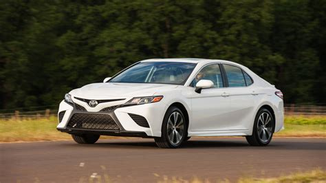 2018 Toyota Camry Se Review Latest Camry Misses The Mark
