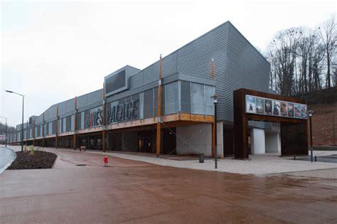 salle des ventes epinal le cin 233 s palace extension d un cin 233 ma 224 epinal gilbert architectures