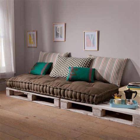 les tapis de chambre a coucher choisir un beau matelas pour banquette idées déco en 45