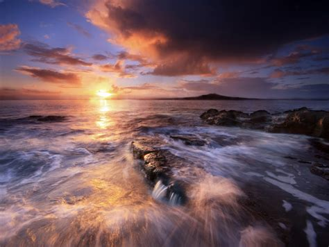 stunning long exposure seascapes