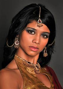 East Indian Model | L Cowles Photography