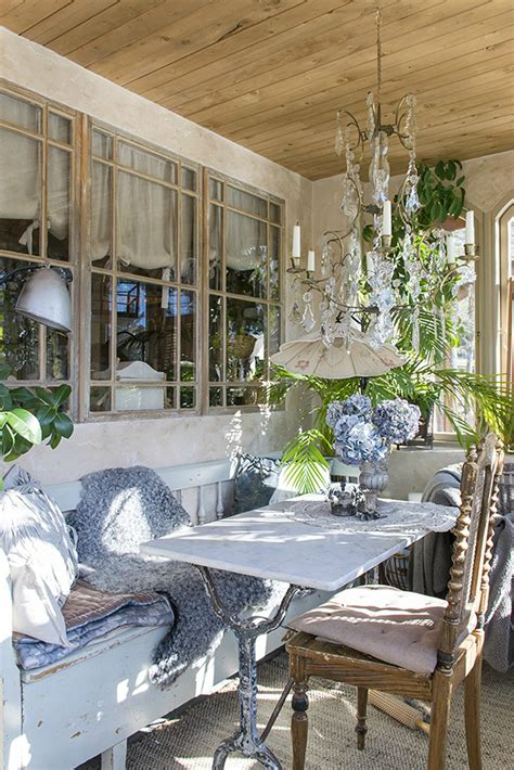 What is french provincial decor? Classic Provence Style House in Modern Sweden - Decoholic