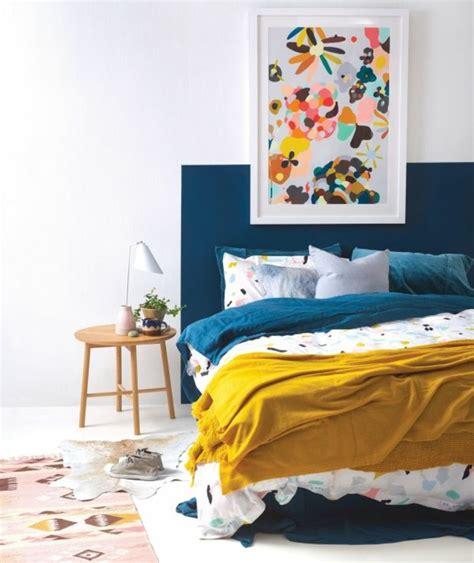 chambre bleu et jaune 1001 idées créer une déco en bleu et jaune conviviale