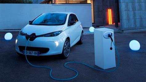 qui a invente la le electrique faire le 171 plein 187 de sa voiture 233 lectrique pour 2 euros economie zoe un nouvel de vivre