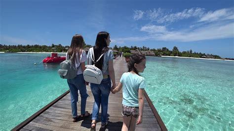 maldives  part  olhuveli beach spa resort sony