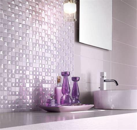 piastrelle bagno lilla rivestimento bagno moderno dalle piastrelle ai pannelli
