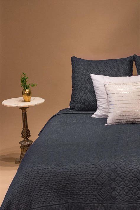 rester au lit literie et accessoires pour rester au lit