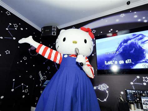 kitty hello karaoke sanrio singing room inside wonderful courtesy starry