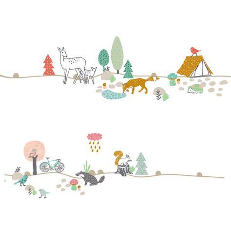 deco design chambre fille stickers frise forêt mimilou pour chambre enfant les