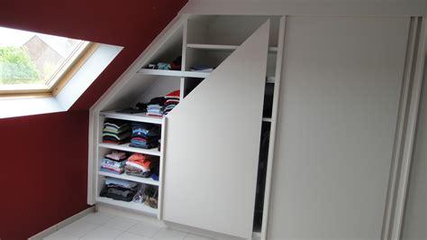 chambre b b sous pente placard chambre sous pente