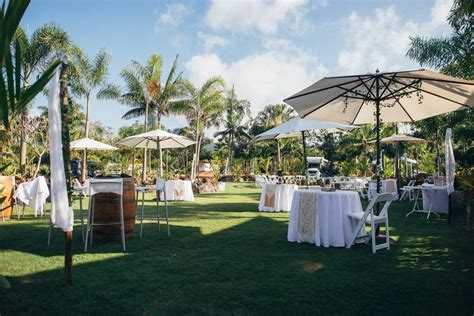 Airlie Beach Wedding Venues Perfect For A Tropical Wedding. Wedding Photo Albums Templates. Wedding Table Without Charger Plates. Indian Wedding Planner Images. Indian Wedding Schedule