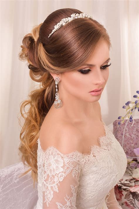 Wedding Dress With Hairstyle  Fade Haircut