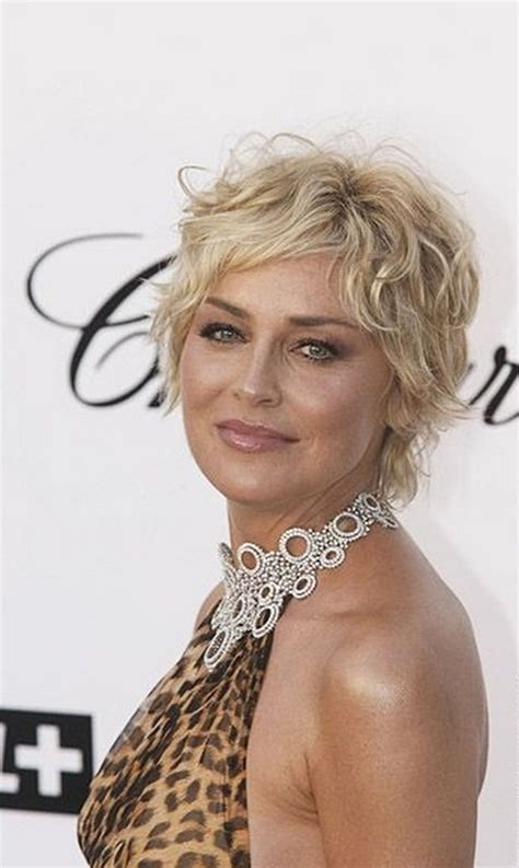 Short curly hairstyles for women over 40