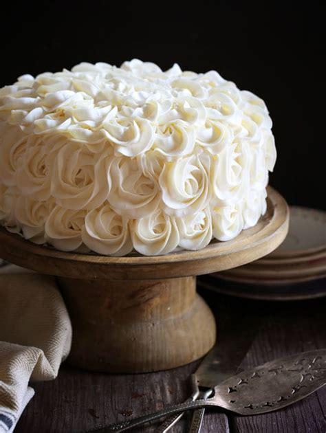 white layer cake  fudgy brownie  decorators