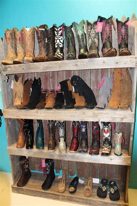 boot display  images recycled