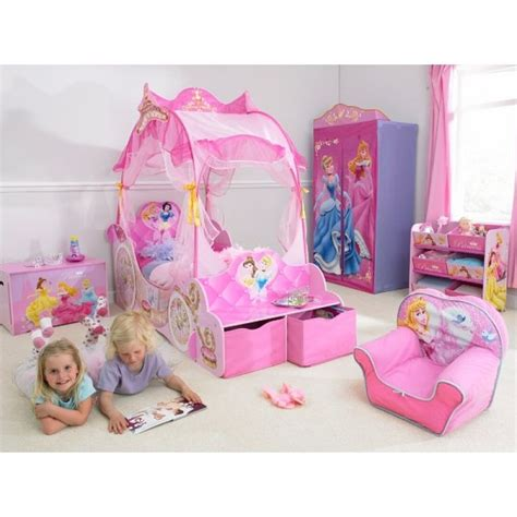 chambre carrosse 28 best images about chambre enfant princesse on
