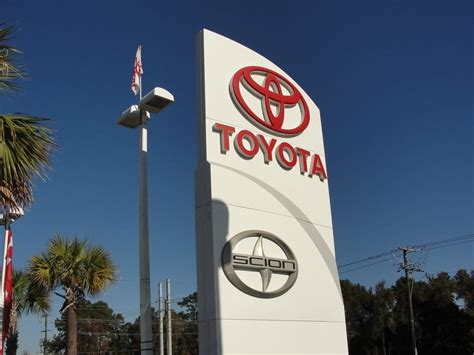 Hendrick Toyota Scion Charleston by The Toyota Scion Totem Marking The Entrance To The