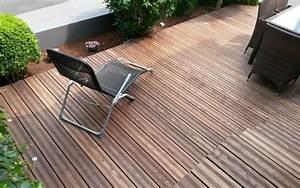 Bett Aus Alten Balken : terrasse und ein bett aus alten eichen balken julius m bel kreativ funktionell ~ Bigdaddyawards.com Haus und Dekorationen