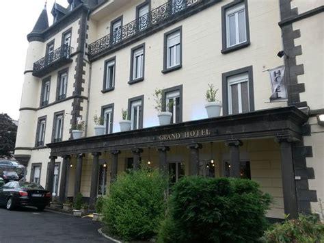 fa 231 ade h 244 tel entr 233 e picture of grand hotel le mont dore le mont dore tripadvisor