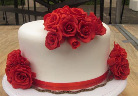 Rose Wedding Cake, Mini Cakes, Red, White