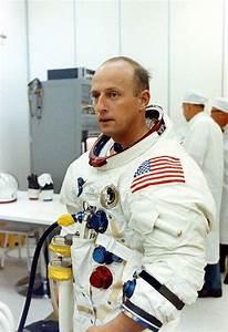 25+ Best Ideas about Pete Conrad on Pinterest | NASA ...