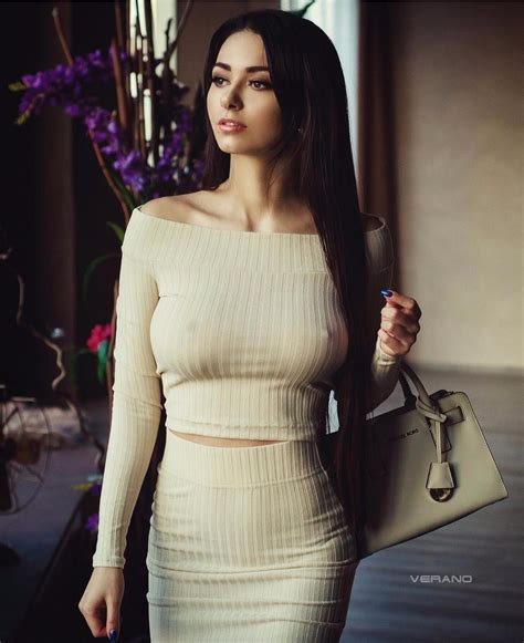 helga lovekaty wallpapers images  pictures backgrounds