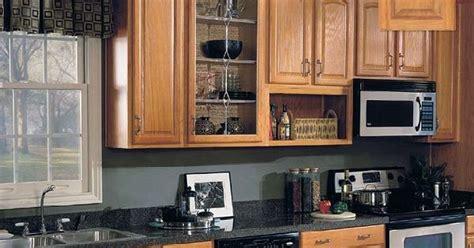 how to do a backsplash in kitchen oak kitchen cabinets parkwood arch oak base kitchen 9387