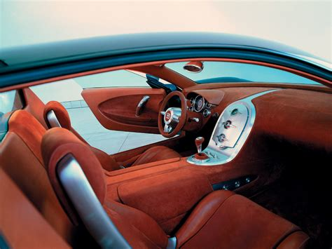 The supercar set another world speed record for the brand. Bugatti EB 16/4 Veyron Study--Interior--1280x960