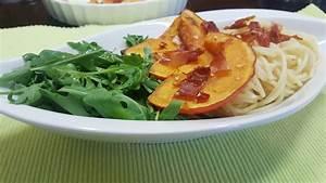 Pasta Mit Hokkaido Kürbis : gebackener k rbis mit knobi und chili mit spaghetti und rucola ~ Buech-reservation.com Haus und Dekorationen