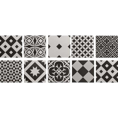 deco cuisine blanc et carrelage intérieur gatsby artens en grès noir et blanc