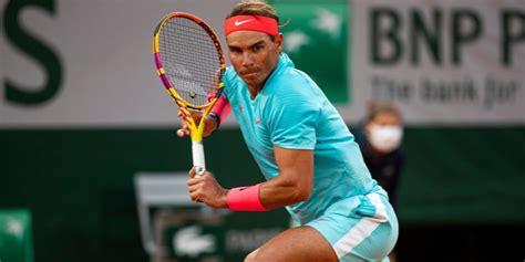 Rafael Nadal cruises into third round at French Open