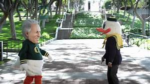 Oregon Duck swaps heads with Lee Corso in advertisement ...