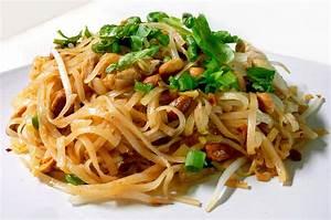 Vegetable Pad Thai – FoodRasoi