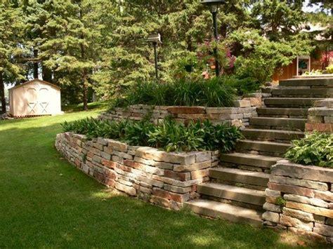 Stützmauer Garten Terrassenförmiganlegen Gestalten