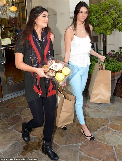 'Kim's not fat': Kendall and Kylie Jenner furiously defend ...