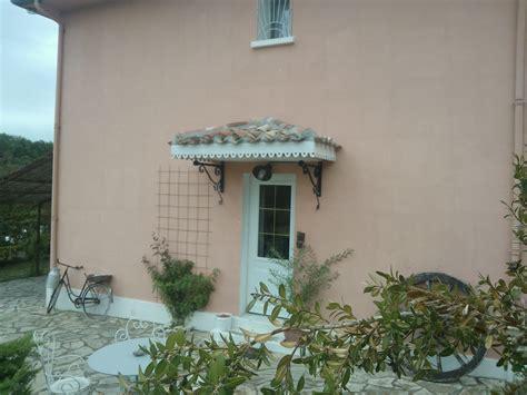 deco cuisine vert maison de cagne photo 1 7 marquise a l ancienne avec tuiles canals et