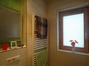 Luftfeuchtigkeit Im Bad : hohe luftfeuchtigkeit und schimmel im bad baubiologie kr ger ~ Markanthonyermac.com Haus und Dekorationen