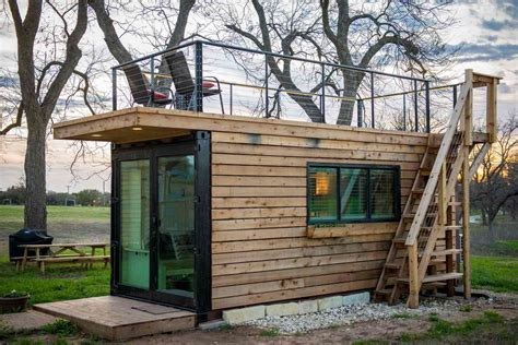 13 Tiny Houses for Rent on Airbnb That Make It Easy to See ...