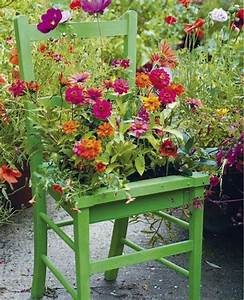 Creative small flower garden plans greenery pinterest for Plans for small flower garden