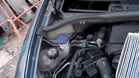 comment changer ou nettoyer le filtre d habitacle de sa voiture